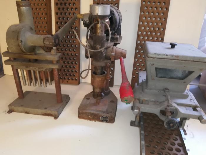 Decuplex Vasini pressa + orlatore + dosatore antichità da collezione