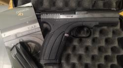 Pistola 9*21 Caracal
