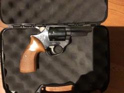 Revolver astra