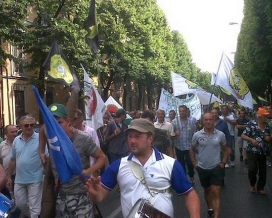 Manifestazione Cacciatori a Brescia