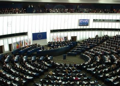 Parlamento Europeo armi