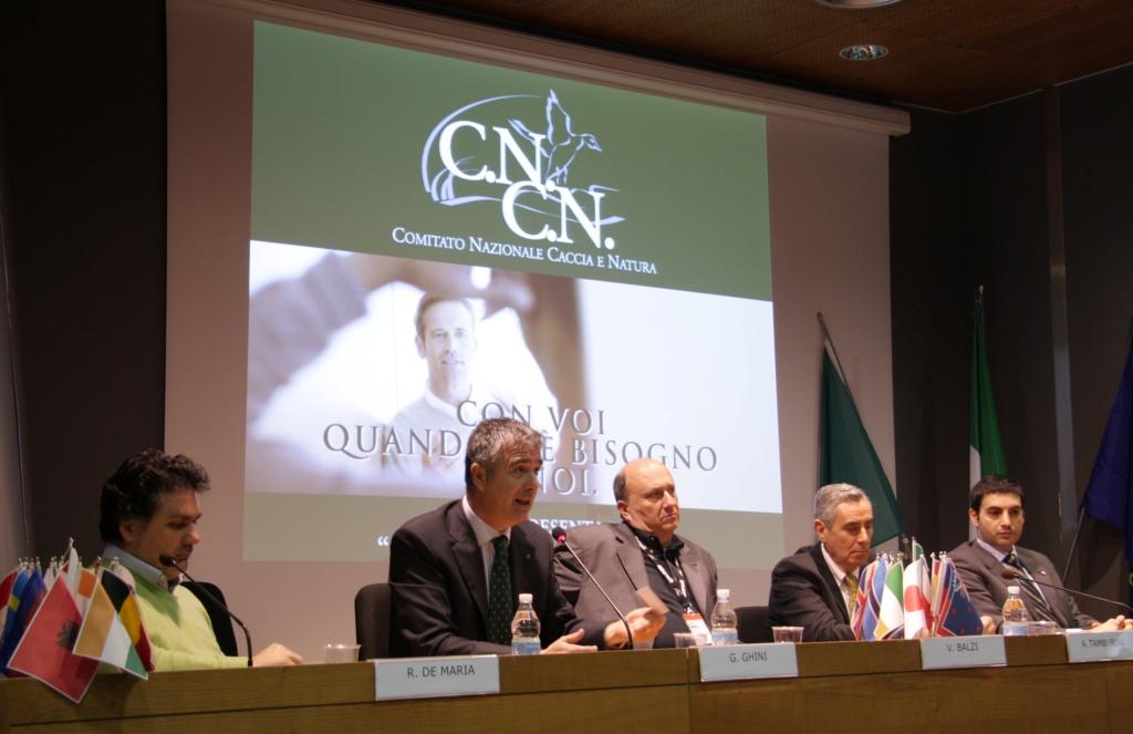 CNCN: