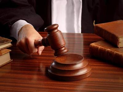 Giustizia - Giudici - Sentenza