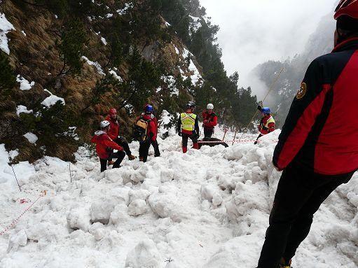 Sicurezza in montagna alta l 39 attenzione sul pericolo for Alto pericolo il tuo account e stato attaccato