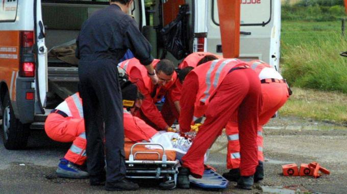 Provincia di Caserta, 20enne trovato morto, ucciso da un colpo di fucile