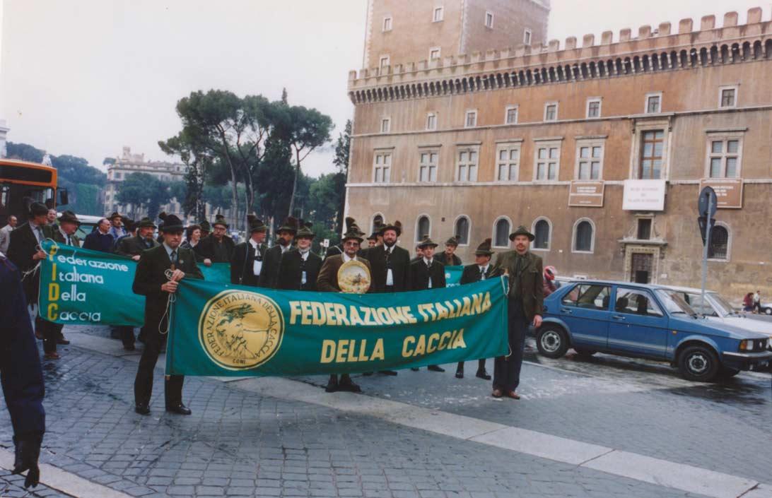 Sfilata cacciatori in Piazza Venezia