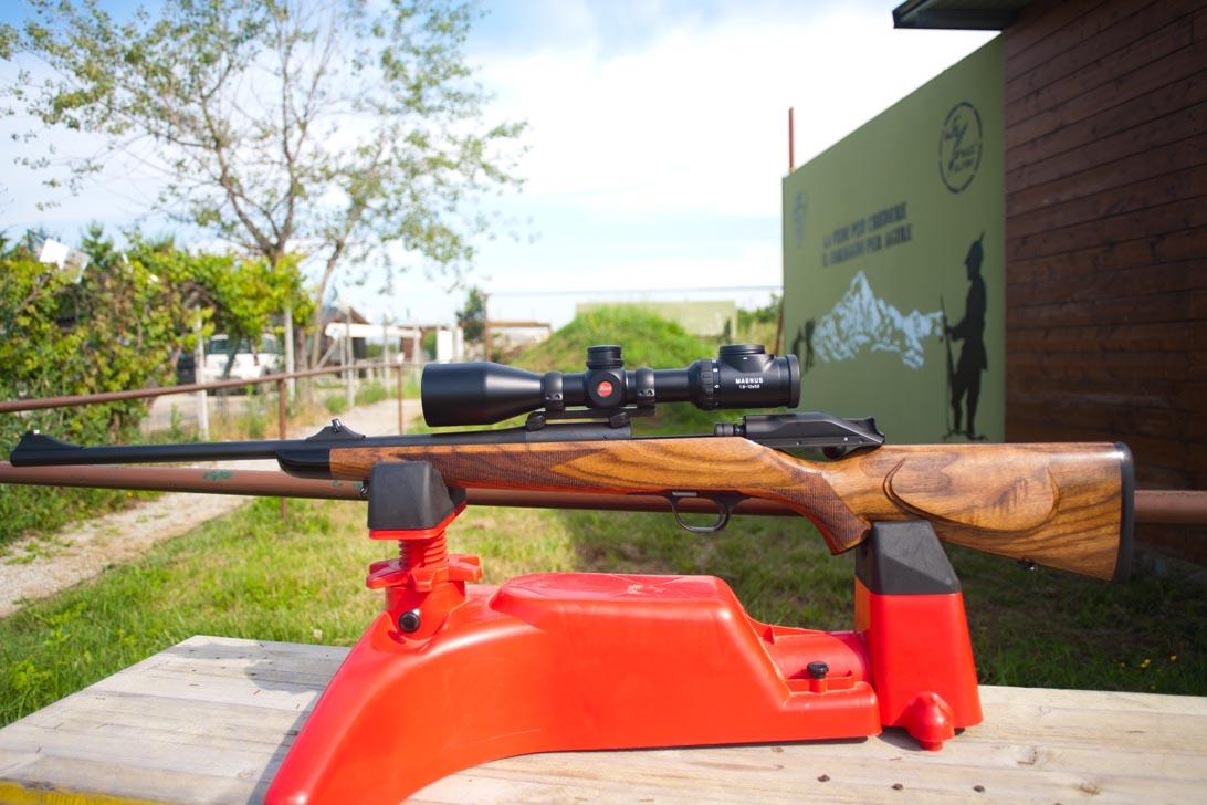 Carabina da caccia Blaser R8 ottica Leica Magnus