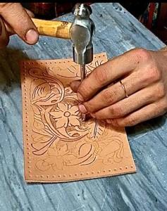 Simone e Francesca, abili artisti prima ancora che artigiani