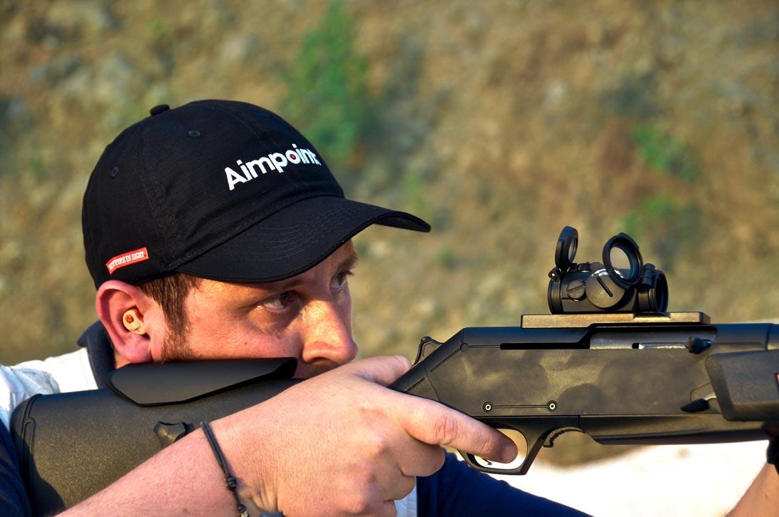 La manegevolezza dell'arma e la precisione del red-dot risultano un'accopiata vincente