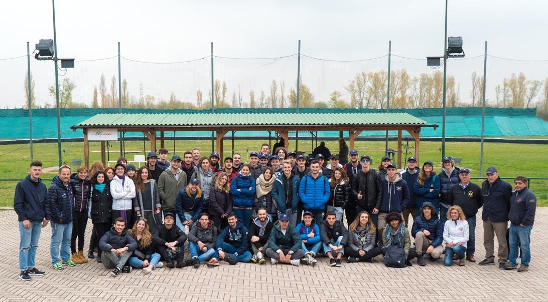 Una foto di gruppo al TAV Bologna