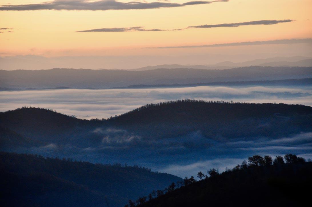 Il panorama alle prime luci dell'alba