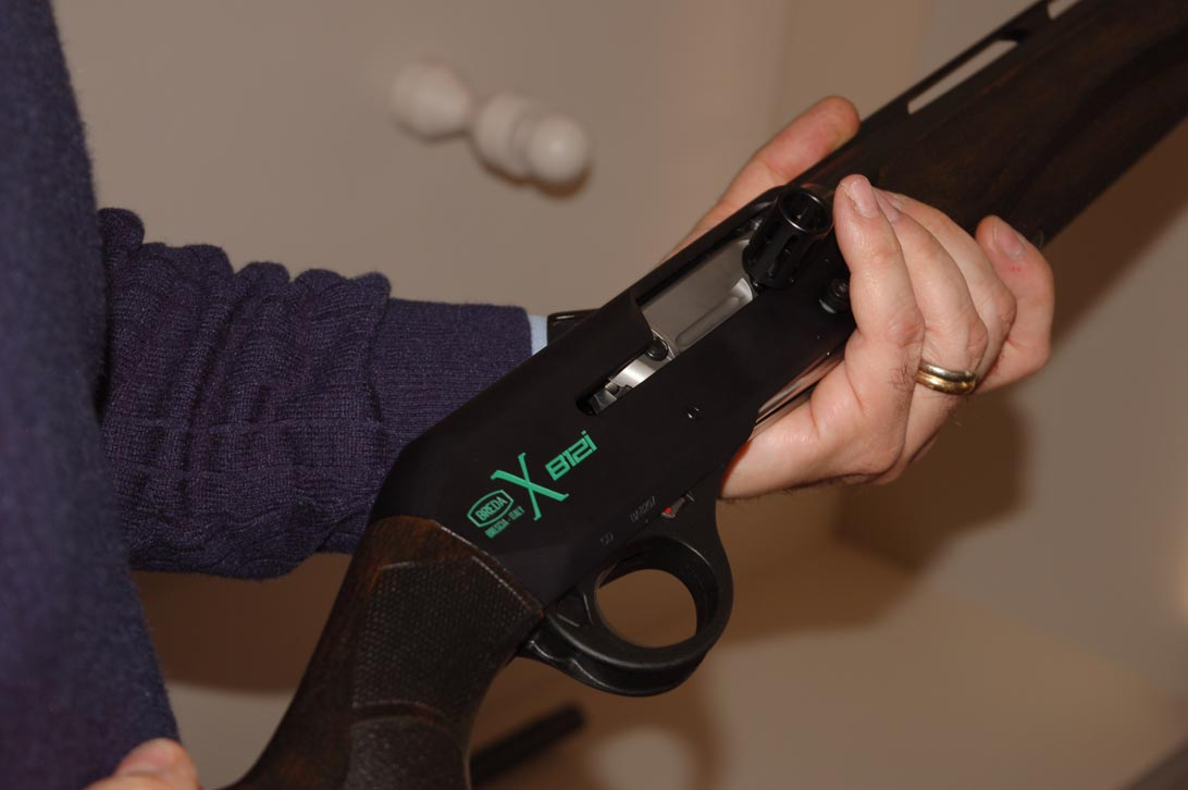 shotgun Breda B12 magnum