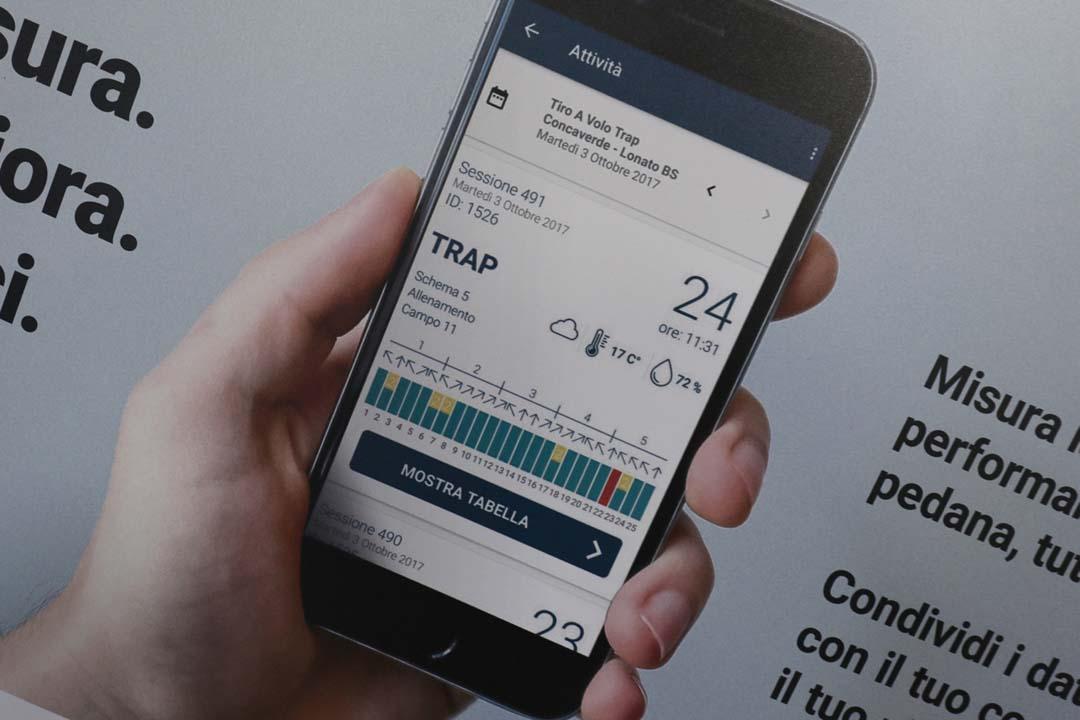 L'App Beretta Shooting Data installata su uno smartphone