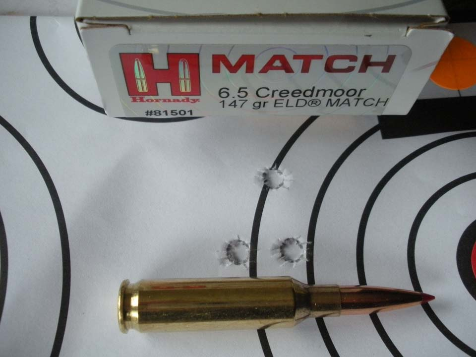 La rosata di tre colpi a 100 m con le cartucce Hornady Match e palla da 147 gr ELD®: occorre tener conto che l'arma è prevista per la caccia