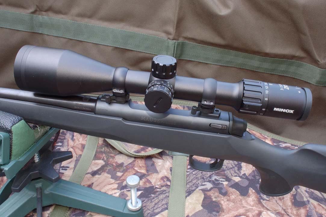 Mauser M18 e MInox ZX5
