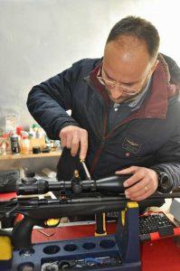 Per il montaggio e taratura ci siamo affidati alla competenza dell'amico Riccardo Giuliani titolare dell'Armeria Apaches, una delle armerie più rinomate al sud Italia e non solo