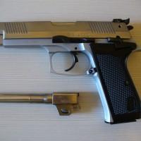 Vendo semiautomatica Bernardelli P-One 9x21